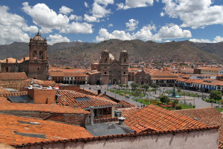 Cusco plaza barbara weibel